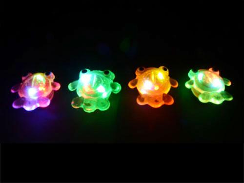 画像3: 【ネコポスOK】ピカピカ光る!フラッシュ金魚 8種の中からどれが届くかお楽しみ 縁日/子ども会/ノベルティ/配布/記念品/お祭り/きんぎょ